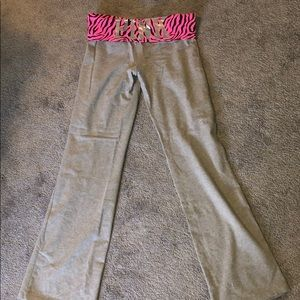 Pink pants, never worn